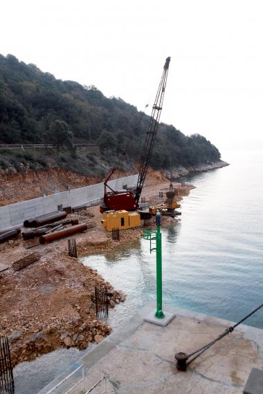 Radovi na pristaništu Valbiska